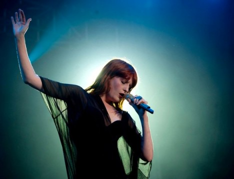 Florence-and-the-Machine-Breath-of-Life-Snow-White-and-the-Huntsman-Sound-Check-Music-Blog